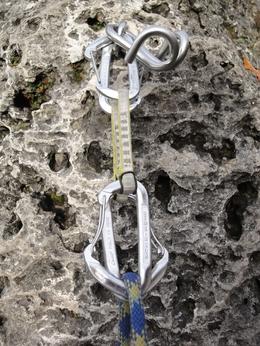 Toprope-Umlenkung mit gegenläufigen Exen am Sauschwanz (Bild-Lizenz: CC-BY-SA 2.0)